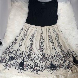 Disney Sleeping Beauty detailed cotton dress